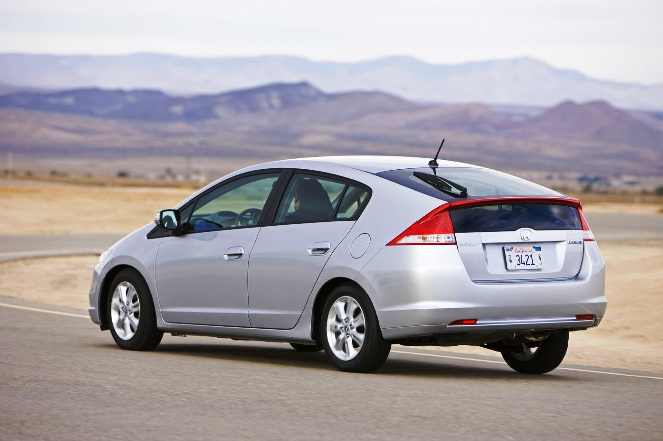 Honda Insight Is The Hybrid Car?